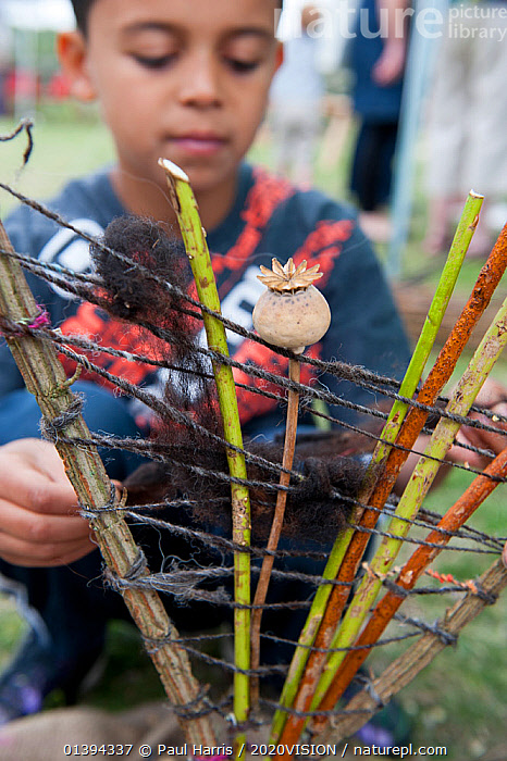 Craftwork at the Black Country Living Wildlife Roadshow, Sandwell Park Farm, West Bromwich, West Midlands, August 2011. Model released.  ,  2020VISION,CHILDREN,CONSERVATION,CRAFT,CRAFTS,CRAFTWORK,EDUCATION,ENGLAND,EUROPE,GREEN SPACE,LEARNING,MIDLANDS,OUTDOORS,PEOPLE,PROJECTS,REGENERATION,UK,URBAN,VERTICAL,United Kingdom  ,  Paul Harris / 2020VISION