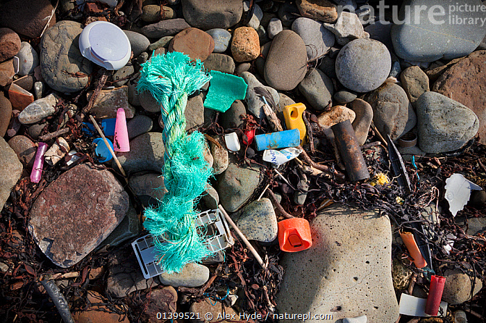 Rubbish washed up on a beach. Isle of Skye, Inner Hebrides, Scotland, UK, March 2012., BEACHES,COASTS,ENVIRONMENTAL,EUROPE,FLOTSAM,POLLUTION,RUBBISH,SCOTLAND,TRASH,UK,WASTE,United Kingdom, Alex Hyde