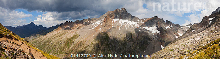 Torre di Lavina, sited on the main ridge of the Gran Paradiso Group, viewed from Colle dell' Arolla, Aosta Valley, Pennine Alps, Italy. July. Digitally stitched panorama., ALPINE,ALPS,AOSTA,EUROPE,ITALY,LANDSCAPES,MOUNTAINS,PANORAMIC,SUMMER,VALLEYS, Alex Hyde