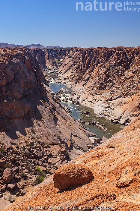 Orange River and gorge near Augrabies Falls, South Africa. This forms the border between South Africa (south) and Namibia (north). October 2012., AFRICA,CLIFFS,DESERTS,EROSION,gorges,LANDSCAPES,RIVERS,SOUTH AFRICA,SOUTHERN AFRICA,valleys,Geology, Chris Mattison