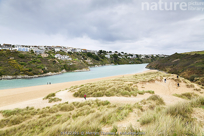 Crantock Beach, Newquay, Cornwall, England, October 2012.  ,  BUILDINGS,ENGLAND,LANDSCAPES,PEOPLE,TOWNS,UK,BEACHES,COASTS,EUROPE,OUTDOORS,United Kingdom  ,  Merryn Thomas