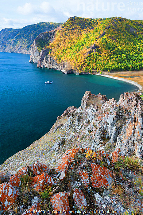 Coast of Olkhon island, Lake Baikal, Siberia, Russia, September 2013.  ,  high15,,,Nobody,Craggy,Russia,Siberia,Vertical,High Angle View,Plant,Tree,Boat,Boats,Coastlines,Island,Islands,Bay,Bays,Landscape,Landscapes,Outdoors,Open Air,Outside,Autumn,Autumnal,Fall,Day,Nature,Natural,Natural World,Open Space,Open Spaces,Scenery,View,Views,Vista,Physical Geography,Coast,Woodland,Freshwater,Marine,Lake,Coastal,Water,Forest,Saltwater,Sea,Lake Baikal,Elevated view,Rocky,Olkhon Island,  ,  Olga Kamenskaya