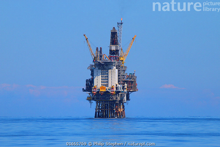 North sea oil platform, July 2019.  ,  Fossil Fuel,Oil,Petroleum Fuel,Petroleum Fuels,Ocean,Atlantic Ocean,Environment,Environmental Issues,Power supply,Marine,Water,Saltwater,Sea,Energy,North Sea,  ,  Philip  Stephen