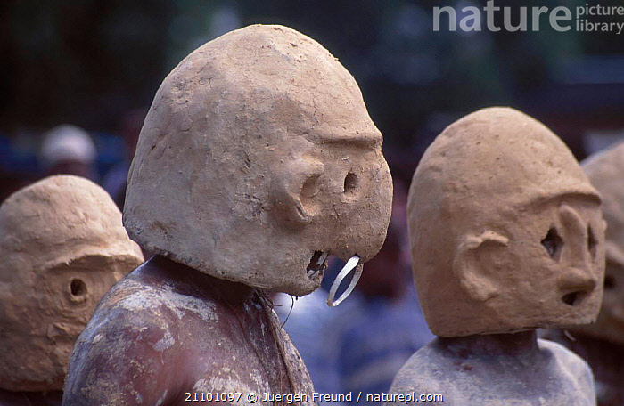 Papuas with mud masks at sing-song festival Papua New Guinea, MASK,PAPUA NEW GUINEA,HUMOROUS,TRIBES,TRADITIONAL,FACES,SOUTH EAST ASIA,ASIA,PEOPLE,CONCEPTS,, Jurgen Freund