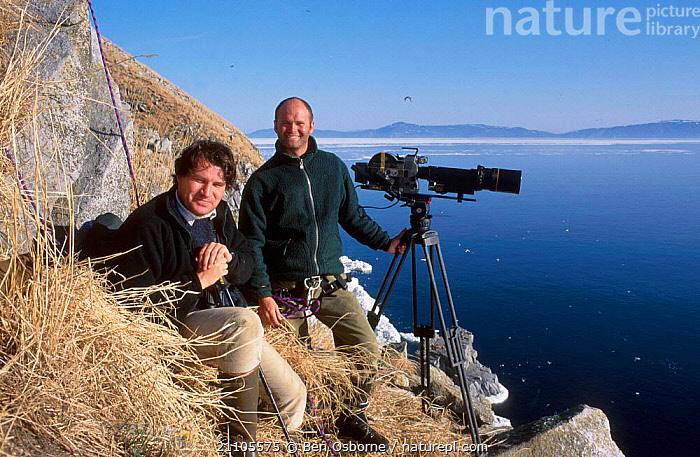 Producer Alastair Fothergill and camerman Simon King on location for BBC Blue Planet series, Talan, Sea of Okutsk, Eastern Russia 2002, BLUE PLANET,COAST,COASTS,FILMING,FILMING IN WILD,PEOPLE,BIRDS,SEABIRDS,CAMERA,BIRDS,RUSSIA, Ben Osborne