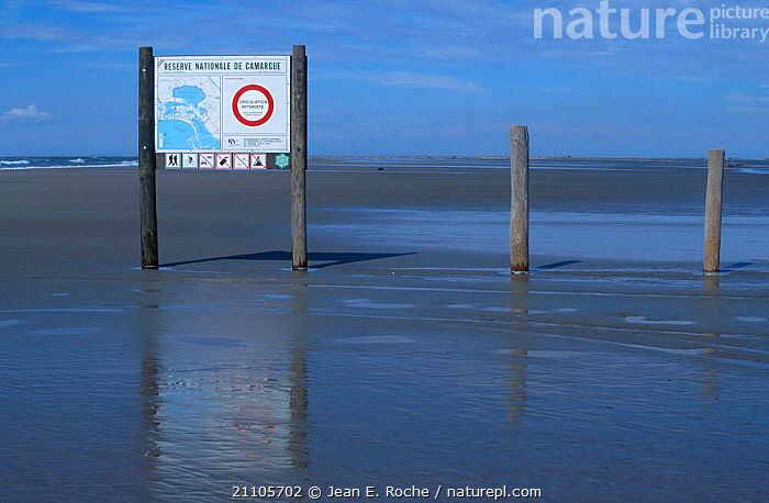 Information sign Camargue Nature Reserve France, SALTMARSHES,MUDFLATS,LANDSCAPES,COASTS,MEDITERRANEAN,PROVENCE,Europe, Jean E. Roche