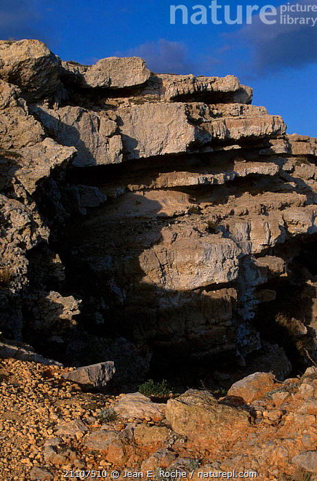 Leucate cliffs Rousillon Languedoc France  ,  ROCK FORMATIONS,LANDSCAPES,ROCKS,GEOLOGY,Europe  ,  Jean E. Roche