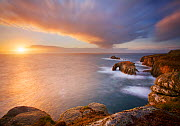Coastline at Land's End towards Enys Dodnan and Armoured Knight, Cornwall, England, UK, October 2007.  -  Guy Edwardes